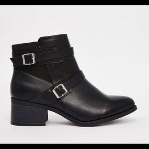 ASOS/New Look Buckle Chelsea Boots